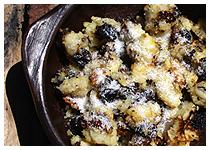 Kaiserschmarrn - Austrian pancake with raisins
