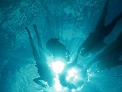 practicando el snorkeling